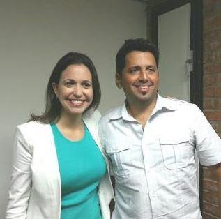 Dios los hace y  USA los une: los provocadores Karel Becerra y María Corina Machado